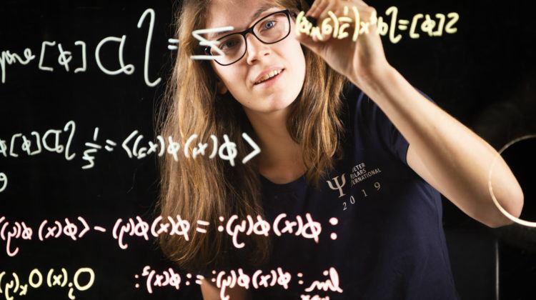 PSI student Elise LePage