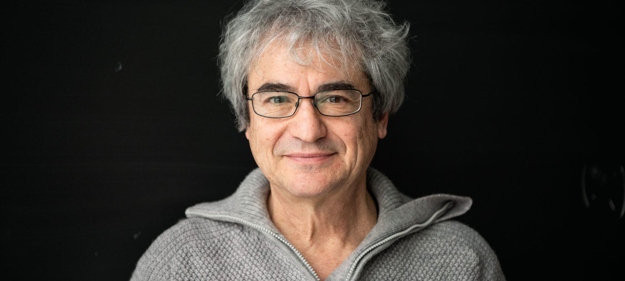 portrait of Carlo Rovelli