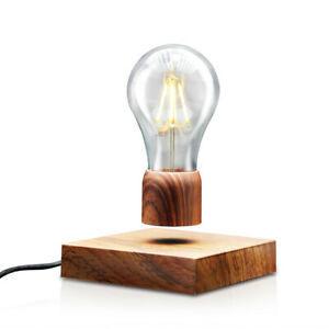 Photo d'une lampe en lévitation